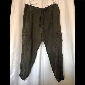 Mossimo Cargo Pants XXL